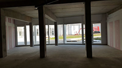 Local commercial La Rochelle 127.20 m²