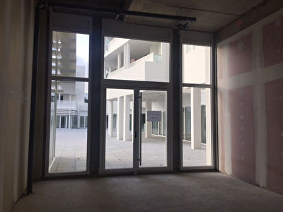 Local commercial La Rochelle 77.50 m2